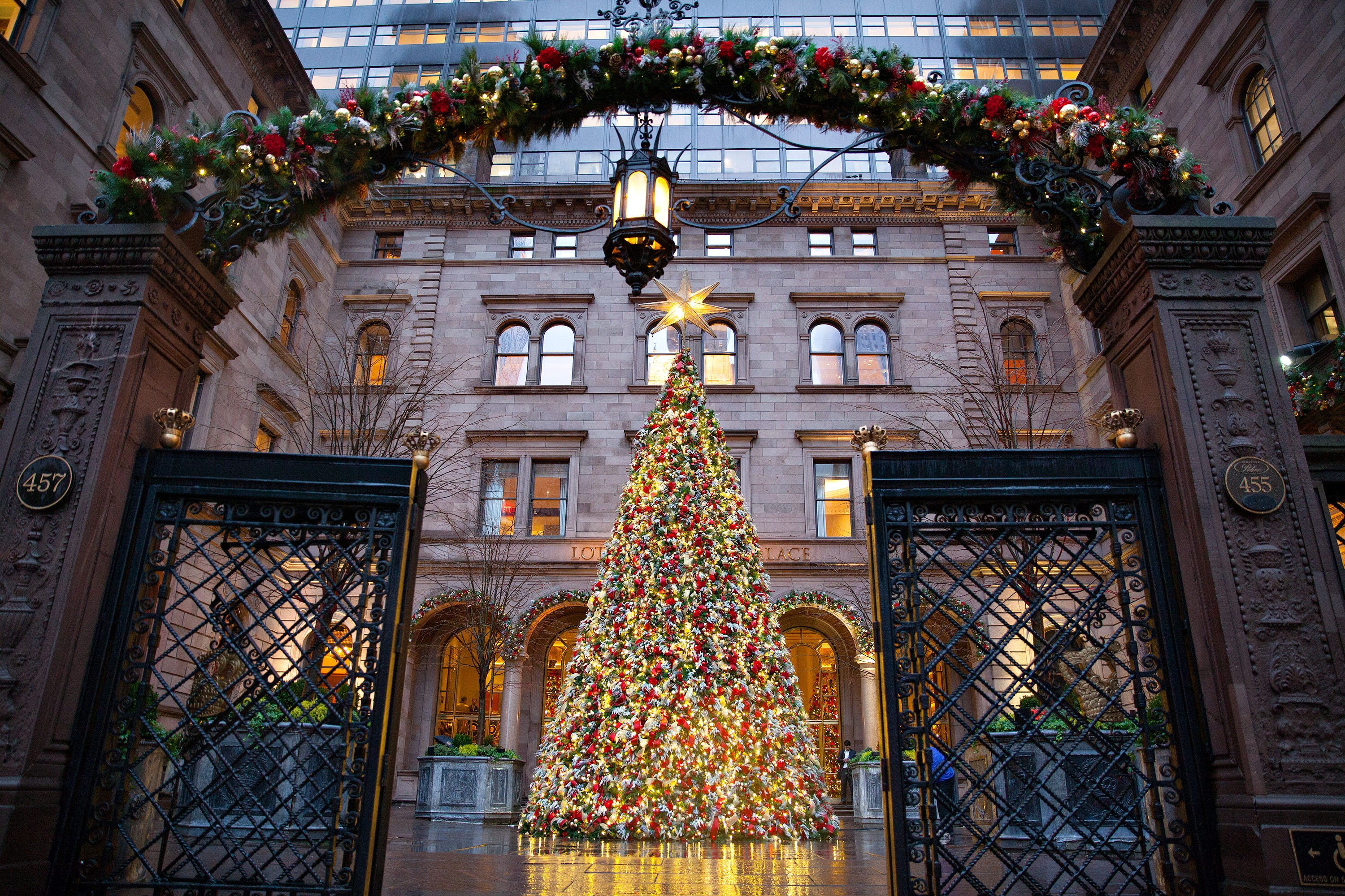 manhattan top 10 most festive holiday spots in nyc ladyhattan